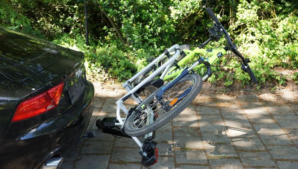 Fahrradträger Strada E-bike ML beladen und abgeklappt